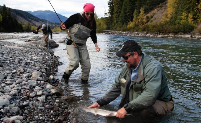 Winter fishing report montana hunting and fishing for Hunting and fishing forecast