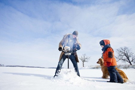 IceFishing01