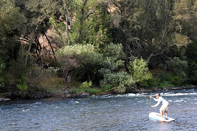 Stand up paddle montana fly fishing combining the latest for Fly fishing paddle board