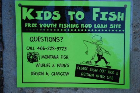 Kids to Fish sign II