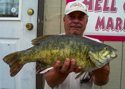 Fort-Peck-Montana-Record-Smallmouth-Bass