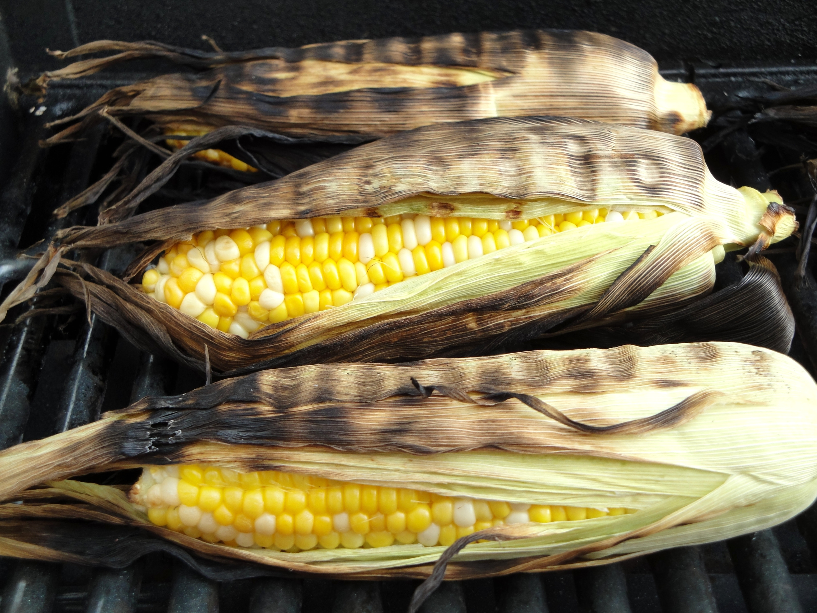 how long to grill corn on the cob with husk