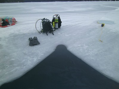 ice-diving-Montana-1