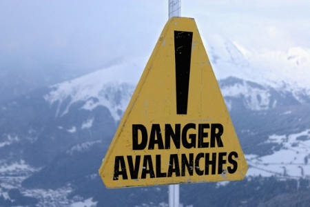 danger_avalanches_sig_450