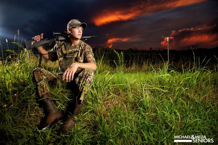 tucker-hunting-baseball-senior-pictures-carrollton-11