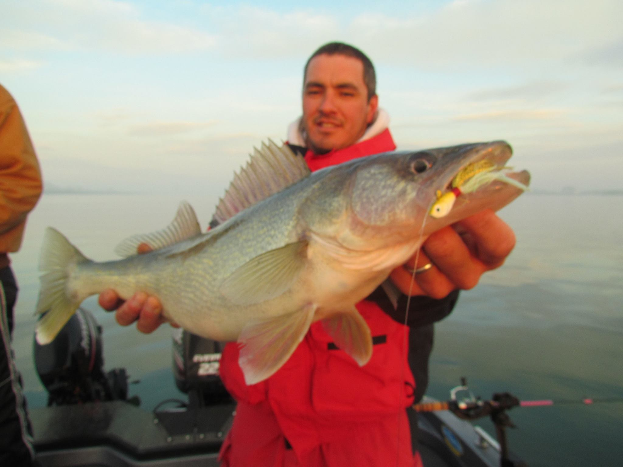 Walleye fry fishing at the columbia river montana for Columbia river fishing report