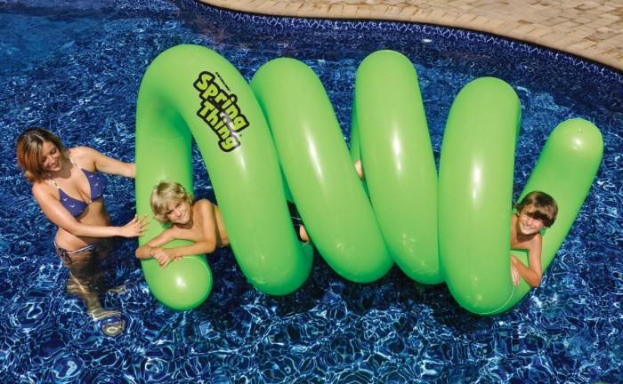 Five FUNtastic Fun Lake Floats By Angelamontana