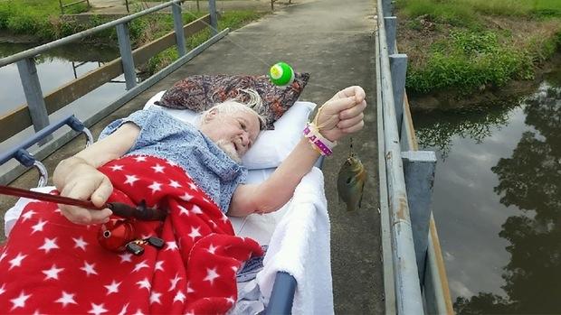 veteran-catches-last-fish