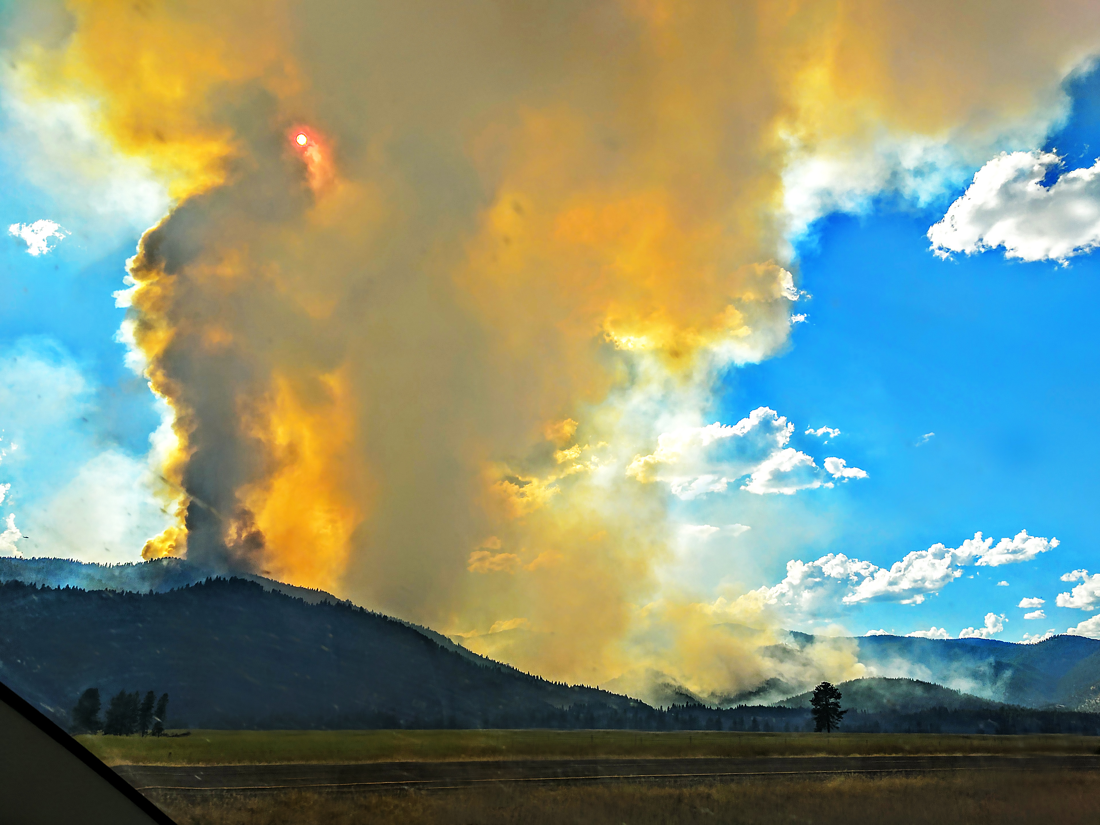there are at least 20 wildfires burning up montana right